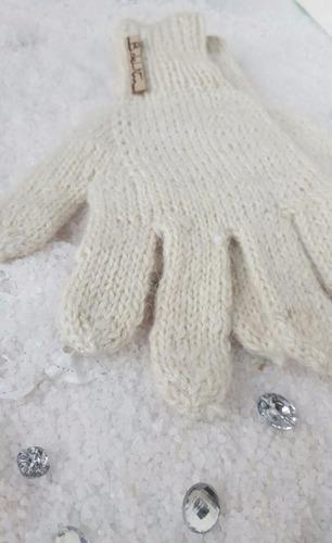 art 22 guantes nuvecita