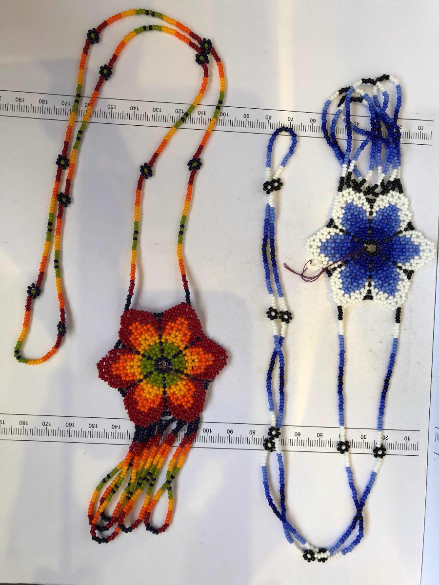 Arte Huichol Collar De Flores Colgantes Unidos Abajo. - $ 700.00 en ...