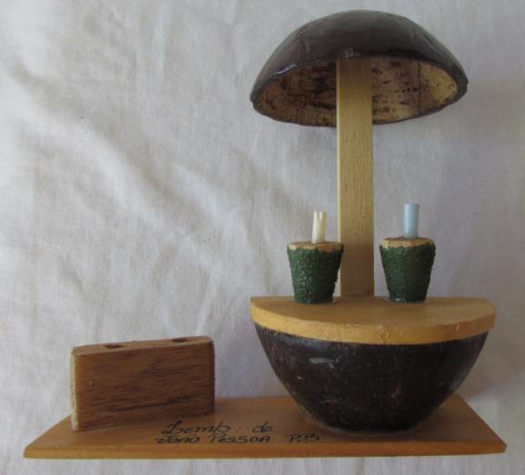 Aparador Grande Para Sala ~ Artesanato Em Madeira E Coco Lembrança De Jo u00e3o Pessoa A44 R$ 14,90 em Mercado Livre