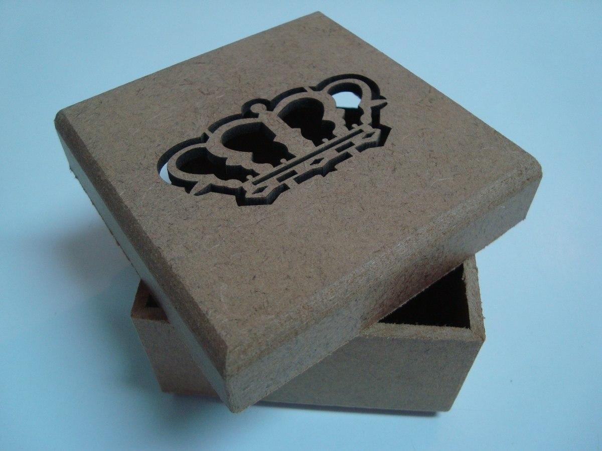 artesanato-mdf-3mm-caixa-de-lembrancinha-de-coroa-kit-c10un-D_NQ_NP_17891-MLB20145696611_082014-F.jpg