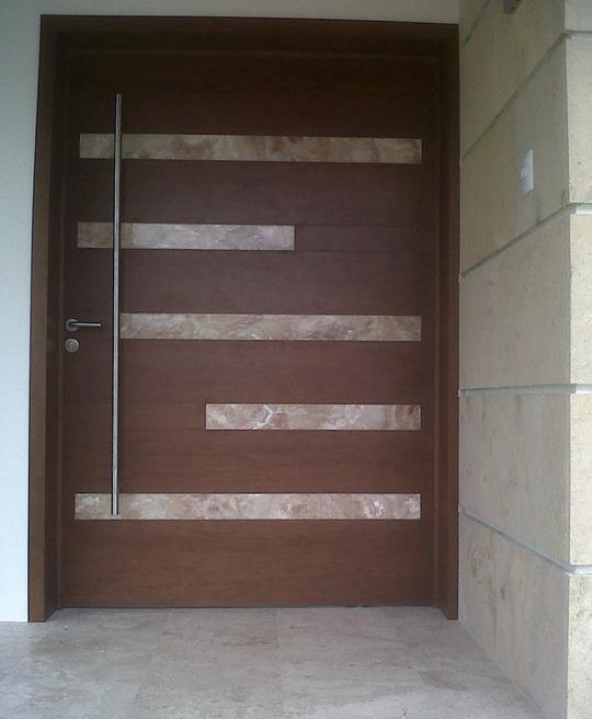 Asa o jaladera para puerta de acceso de 2 metros d largo for Puertas de acceso principal