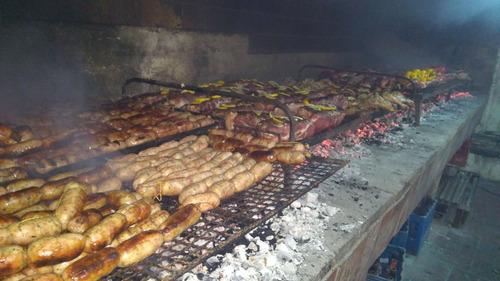 asador, parrillero a domicilio catering de asados y veggie