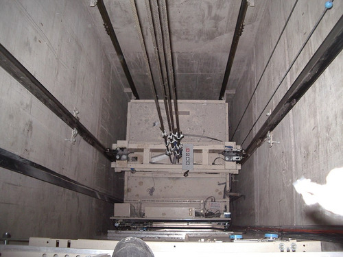 ascensor electromec. frec. variable  8 paradas 450kg inst.