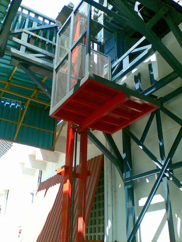 ascensores industriales para cargas
