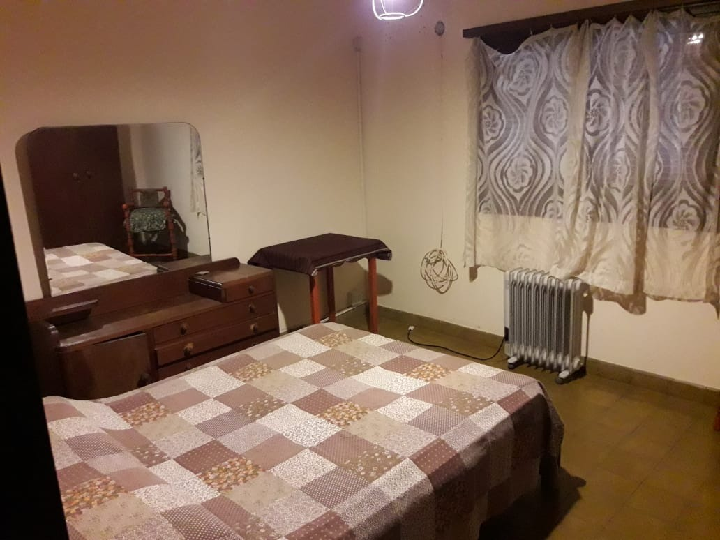 ascochinga , cordoba, chalet 2 dormitorios.
