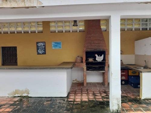 asein vende casa de playa tacarigua de la laguna rio chico