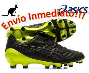asics soccer