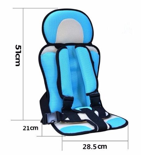 Asiento de seguridad para ni os en el coche en for Asientos infantiles coche