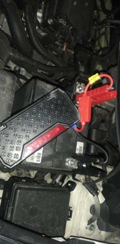 asistencia inicio y carga de baterías para carros, camioneta
