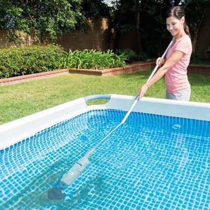 Aspiradora barredora recargable portatil para albercas for Aspiradoras para piscinas
