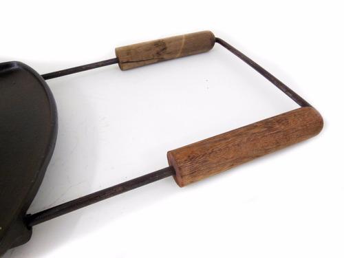 assadeira redonda de ferro c/ cabo p/ churrasqueira
