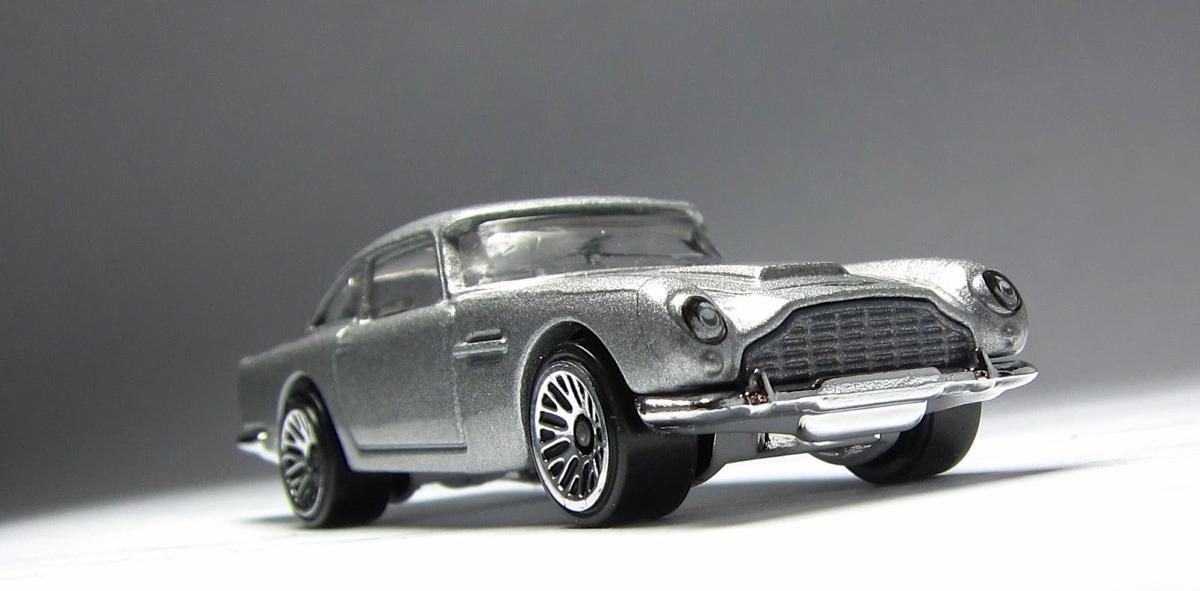 Aston martin 1963 dbs hot wheels