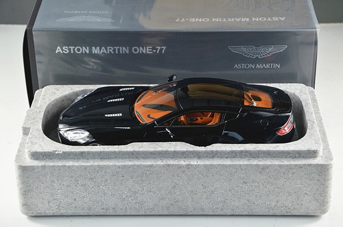aston martin one-77 escala 1:18 autoart 70241