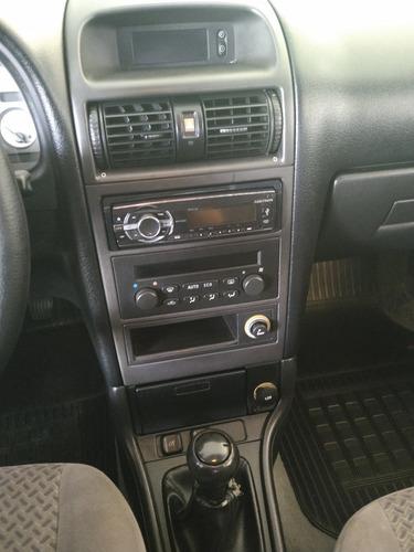 astra 2.0 mpfi cd 8v gasolina 4p manual