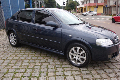 astra hatch advantage 2.0 - impecável