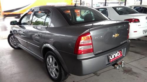 astra sedan 2.0 advantage ano 2010/2011 - uniao veiculos