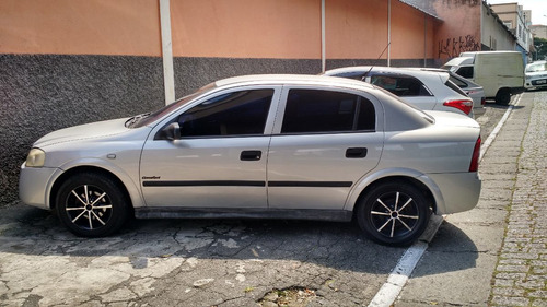 astra sedan 2.0 flex - 8v - confort