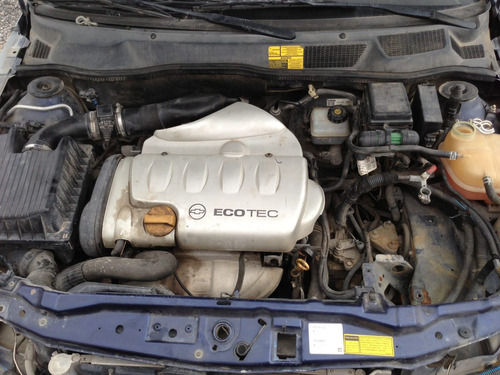 astra sedan 2003 por partes - s a q -