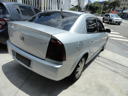 astra sedan advantage 2.0 2007