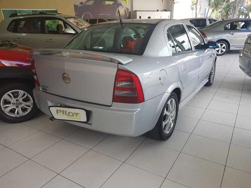 astra sedan cd 2.0 aut 2004