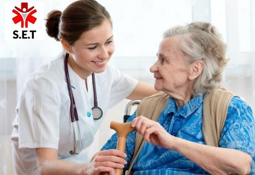 atención de enfermeria a domicilio y servicio traslado