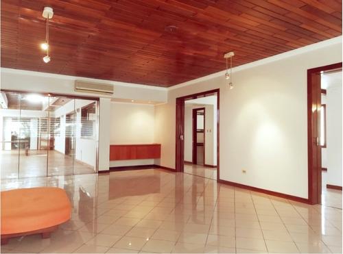 atencion empresas! elegante casa en alquiler zona centro