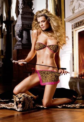 atrevido set traslucido en tono leopardo-rosa