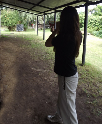 atril p/drygs(deporte de tiro al blanco con gomera y dardo)