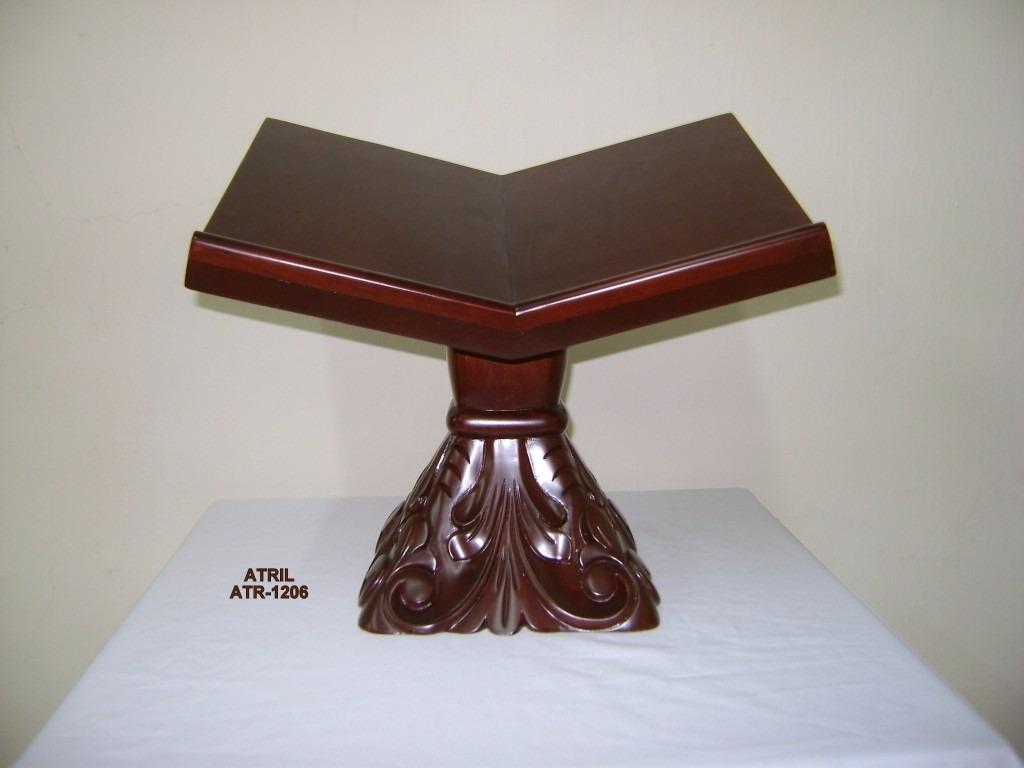 Atril porta biblia de madera de caoba tallados a mano for Madera para tejados de segunda mano