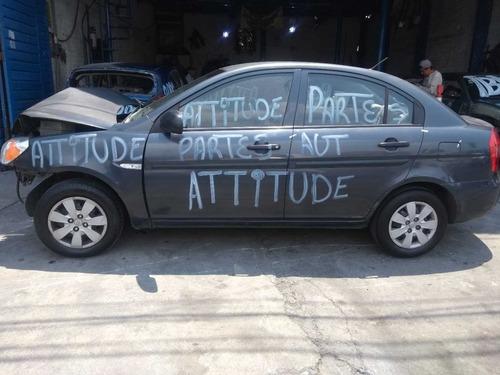 attitude 2011 partes deshueso desarmo refacciones
