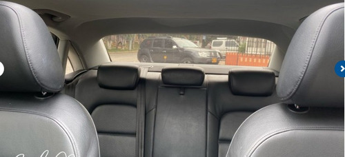 audi  a 4   sedan automatico modelo 2013