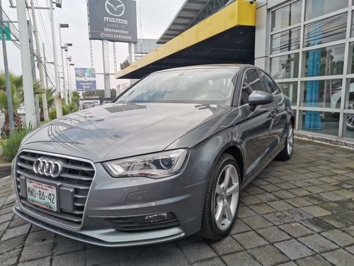 audi a3 1.4 sedán attraction at 2016