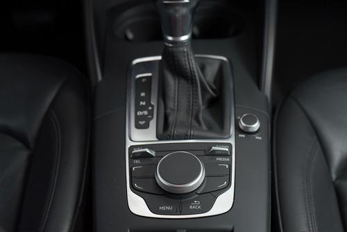 audi a3 sedan ambition 1.8 tfsi 20v aut./2015