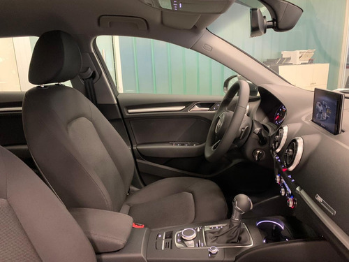 audi a3 sportback 5ptas 1.4 tfsi 150cv stronic automatic 0km