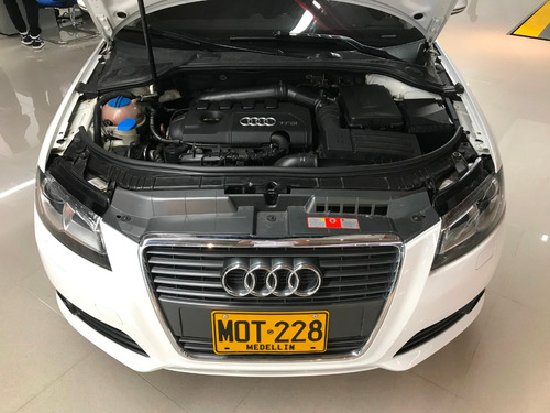 audi a3 sportback turbo 1.8 at