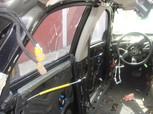 audi a4 2006 puerta vidrio motor costado rin suspension
