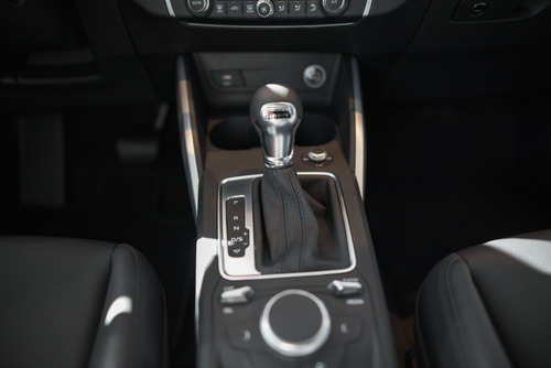 audi q2 1.0 30 tfsi stronic sport 116 hp con cuero