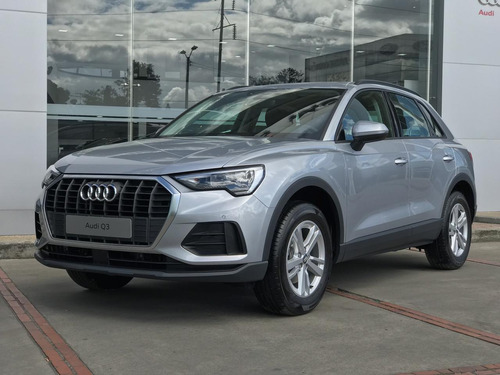 audi q3 attraction
