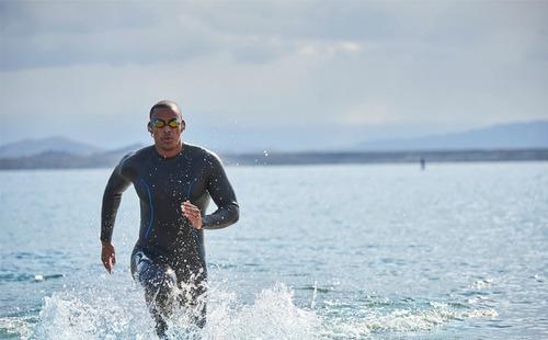 audífonos para nadar memoria 1 gb jbl endurance dive vs agua