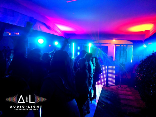 audio e iluminación para tus eventos!!! excelente opción!!!