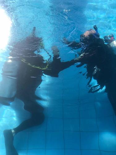 aula de mergulho - discovery scuba