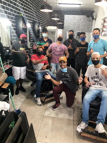 aula presencial de barbeiro (curso completo, material nosso)