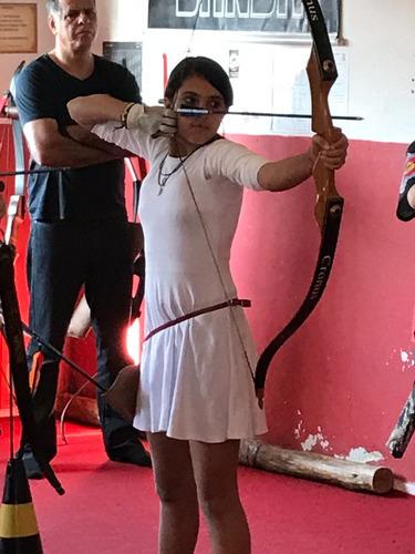 aulas de arco e flecha ,temos equipamentos proprios