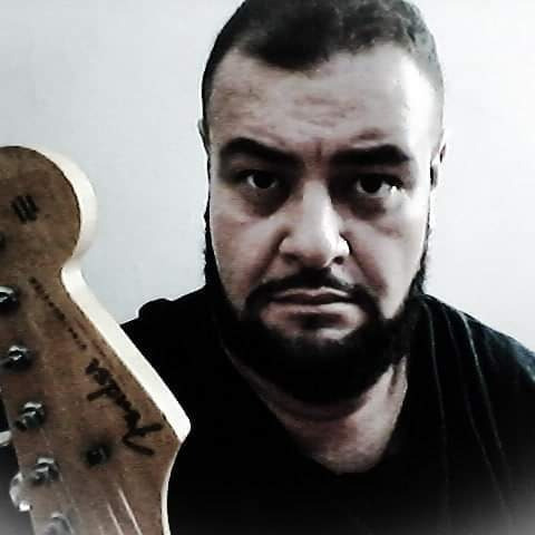 aulas de guitarra,violão,contra baixo,viola,ukelele e cavaco