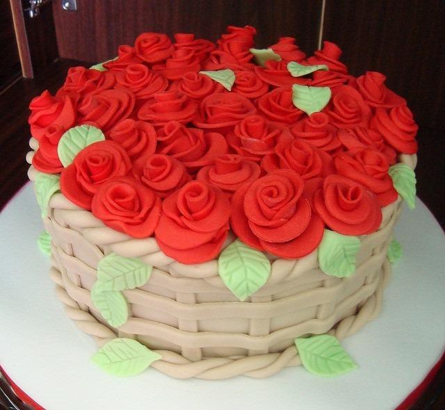 Aulas decorao bolos decorados aniversrios e casamentos r 600 aulas decorao bolos decorados aniversrios e casamentos altavistaventures Images
