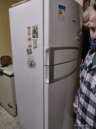 aulas e serviço de refrigeração