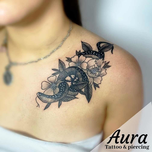 aura tattoo y piercing