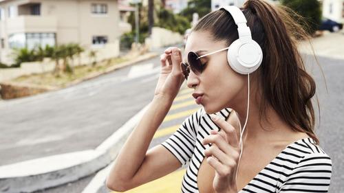 auriculares bluetooth earbuds estuche recargable billboard