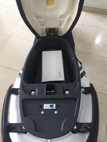 auteco starker skuty led electrica 2020