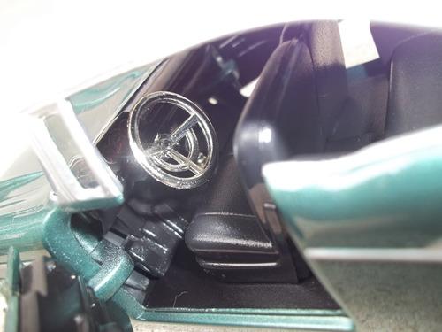 auto a escala chevrolet bel air 1957 1/24 motormax